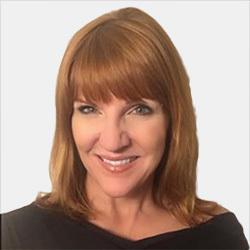 Kirsten Davies headshot