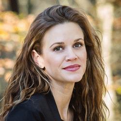Tracy Ariail headshot