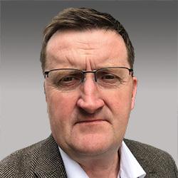 Dave Lynch headshot