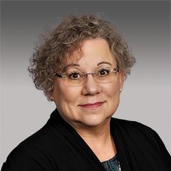 Linda Gerull headshot