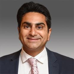 Kashif Parvaiz headshot