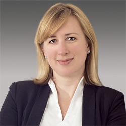 Kristina Bergman headshot