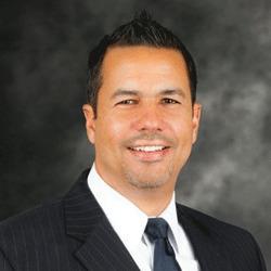 Amado Cruz headshot
