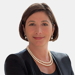 Ruth Ferguson headshot