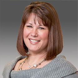 Sarah Larson headshot