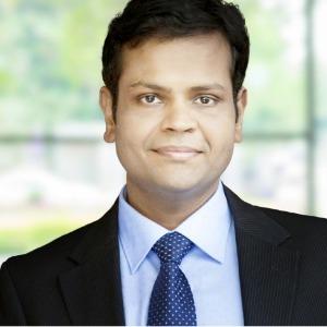 Manik Patil headshot