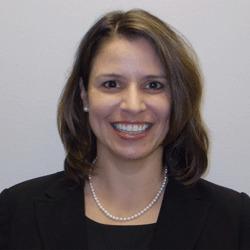 Denise Halaska headshot