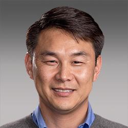 Doug Chung headshot