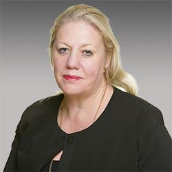 Jennifer Tippin headshot