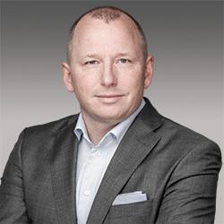 Hartmut König headshot