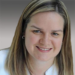 Alison Dyer headshot