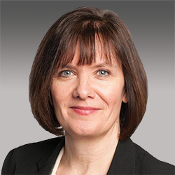 Vicky Wallis headshot