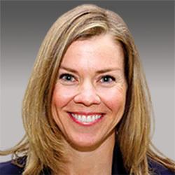 Laura Robblee headshot