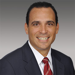 Frank Lopez headshot