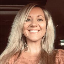 Chrissy Shannon headshot