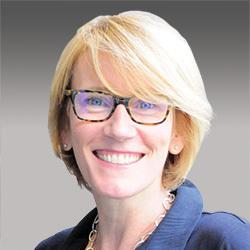 Helen Walker headshot
