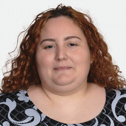 Helen Negre headshot