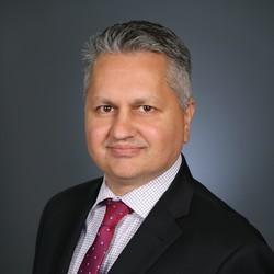 Peyman Parsi headshot