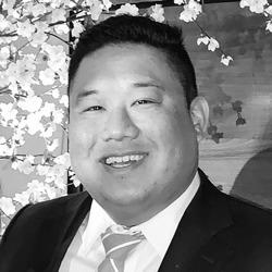 Daniel Chiang headshot
