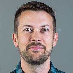 Dave Stapleton headshot