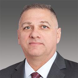 Mark Van Divner headshot