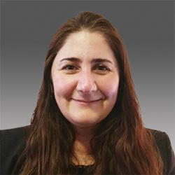 Lara Divi headshot