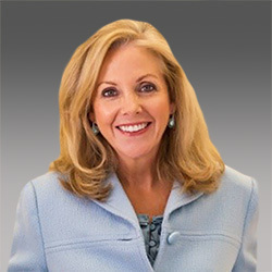 Maureen Bausch headshot