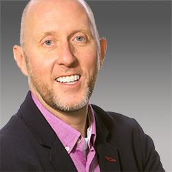 Derek Irvine headshot