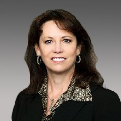 Kim McGill headshot