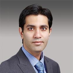 Talha Tariq headshot
