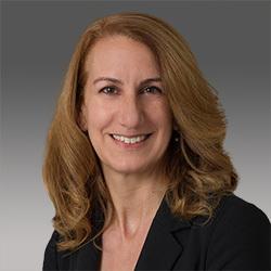 Michelle Roth headshot