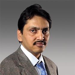 Ashish Saxena headshot