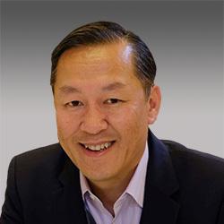 Jonathan Nguyen-Duy headshot