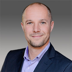 Andreas Walter headshot