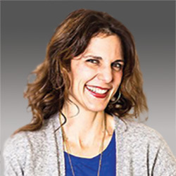 Tina Mathas headshot
