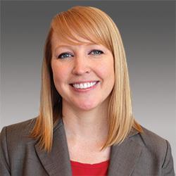 Erin Laxson headshot