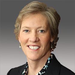 Elaine Suess headshot
