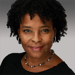 Elizabeth Ogunti headshot