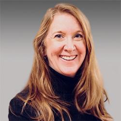 Susan Auer headshot