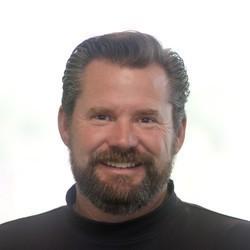 Jonathan Niednagel headshot