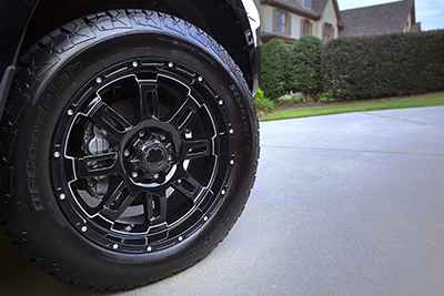 "20"" Black Gunner w/All-Terrain Tire Upgrade"