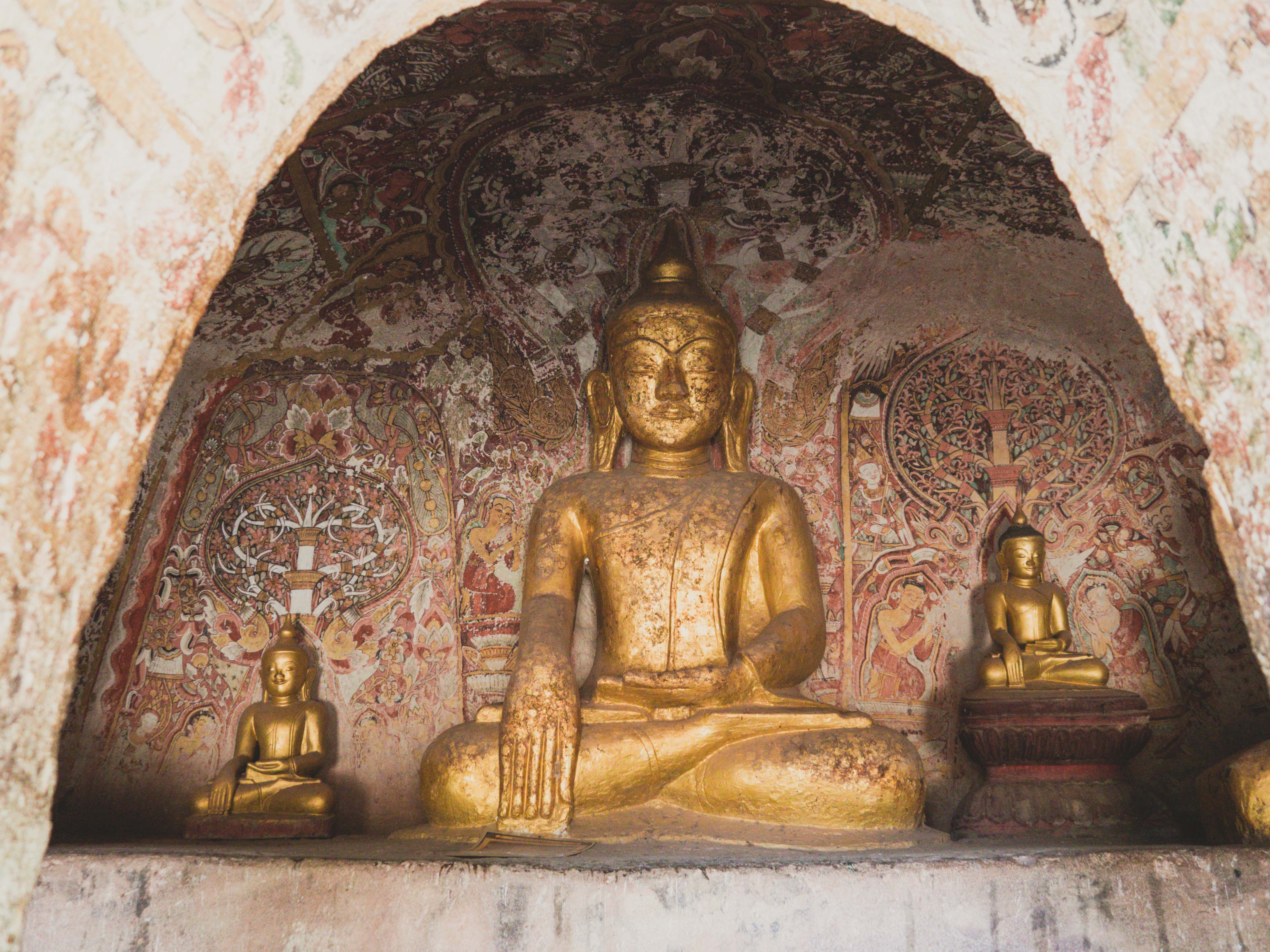 Image for blog article: Monywa, Grottes Po Win Daung, A Myint