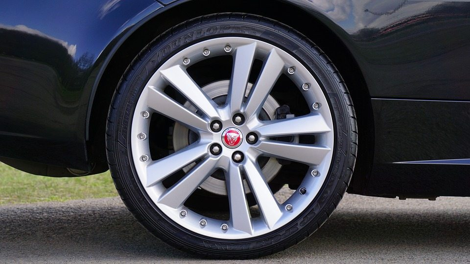 5 Tire Safety Tips