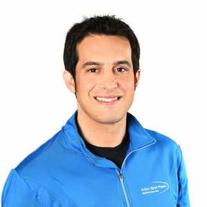 Picture of Francois Levesque Sports Physiotherapy expert in the Sherbrooke's clinic