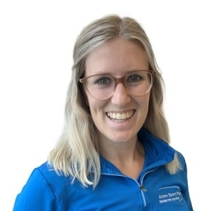 Picture of Dube Johanie Physiotherapy expert in the Valleyfield's clinic