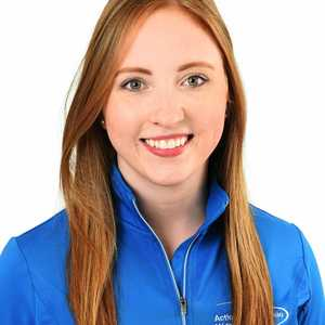 Picture of Kelly Jaclyn Sports Physiotherapy expert in the West-Island's clinic