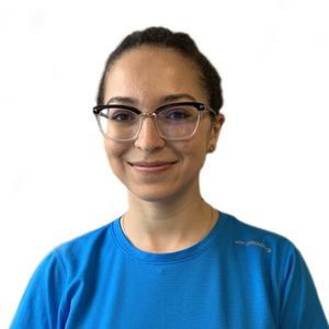 Picture of Yosra Marour receptionist in the Saint-Laurent's clinic
