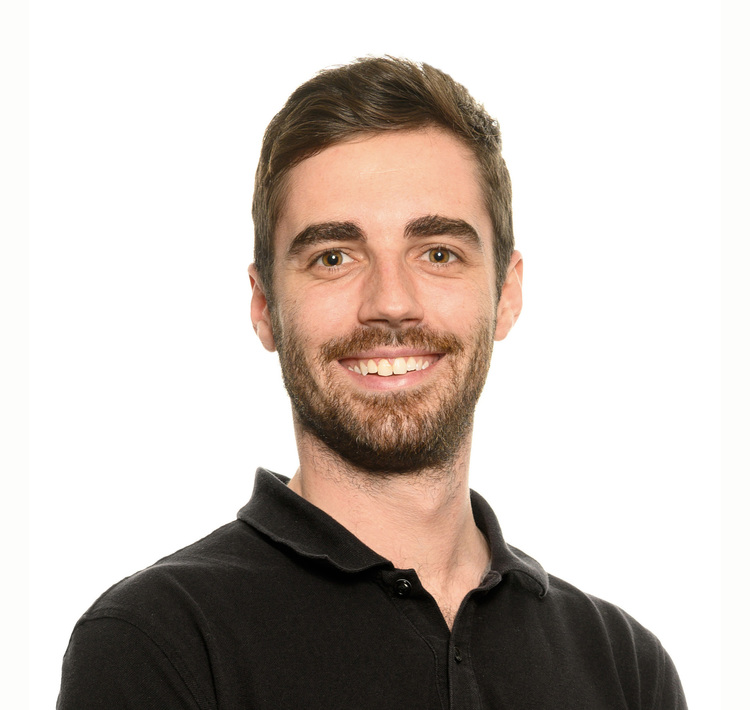 Picture of Francis Trudel Perrault Osteopath at the Action Sports Physio Maisonneuve Rosemont clinic
