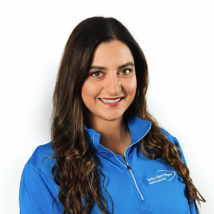 Picture of Dirouhi Kesbian Physiotherapist at the Action Sports Physio Rosemère clinic