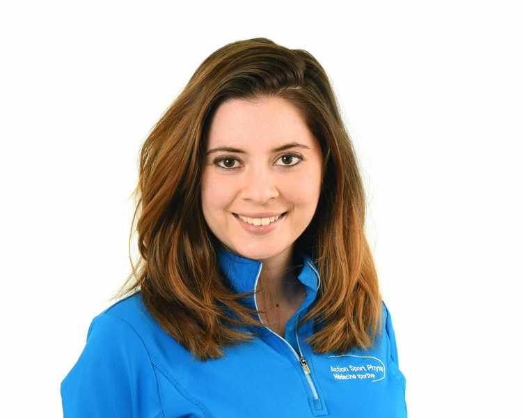 Picture of Zeinab Hatami Physiotherapist at the Action Sports Physio Vaudreuil-Dorion clinic